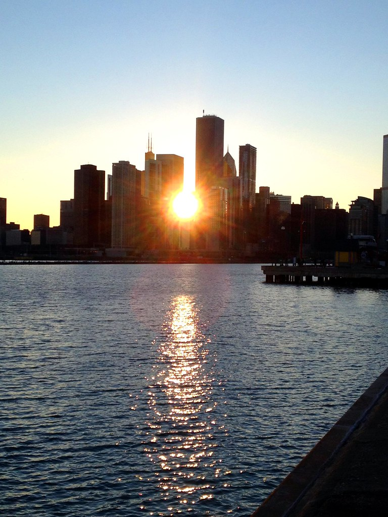 Chicago Skyline - Windy City - See Highlights From Around Chicago, Illinois! (via Wading in Big Shoes)