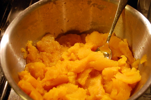 making pumpkin puree