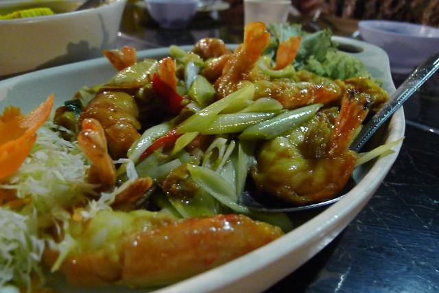 Hat Yai: Log Terrace Thai Food Restaurant
