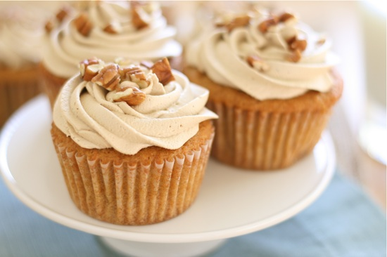 Sweet Potato Cupcakes with Brown Sugar Marshmallow Frosting | Lauren's ...