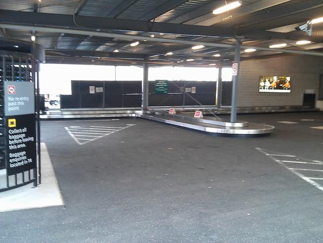 Melbourne airport T4 arrivals (inside)