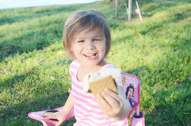 avery eating smore