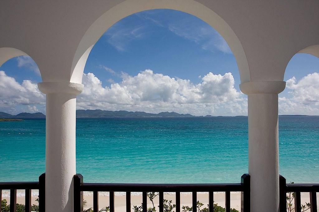 Anguilla карибы