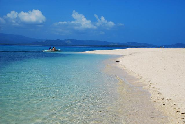 Maniwaya Island Sta Cruz Marinduque By Oliver