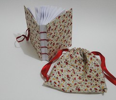 Caderno petit floral