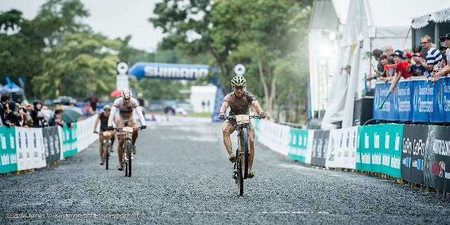wc_xce_01_by_kuestenbrueck_schelb_in_race_02_640x320