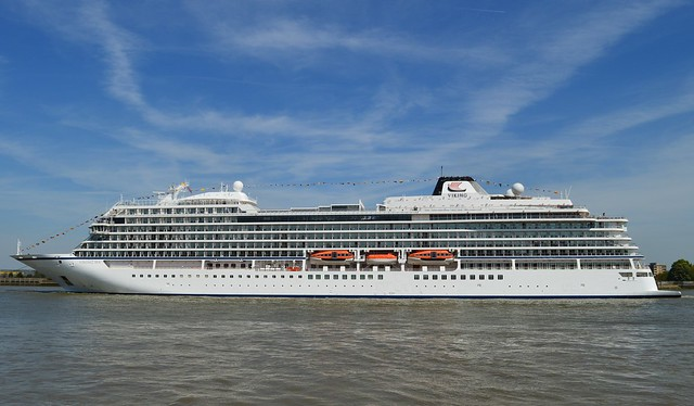 Viking Sea (11) @ River Thames 05-05-16