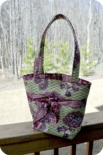Tie Tote in Amy Butler Love