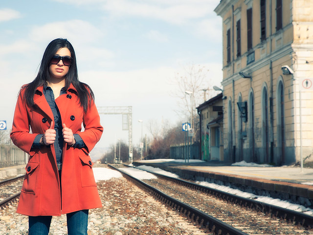 The girl with the orange coat - 01