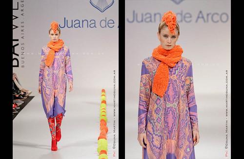 『手荷物一つで旅するための衣類とバッグ』 ホアナデアルコ Juana de Arco - Bafweek 2012 from Martin Osuna