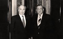 مع رئيس وزراء تونس