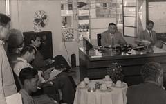 جانب من المؤتمر الصحفي الذي عقد في دار المفوضية بمناسبة الحدث السوري الأخير - 1951