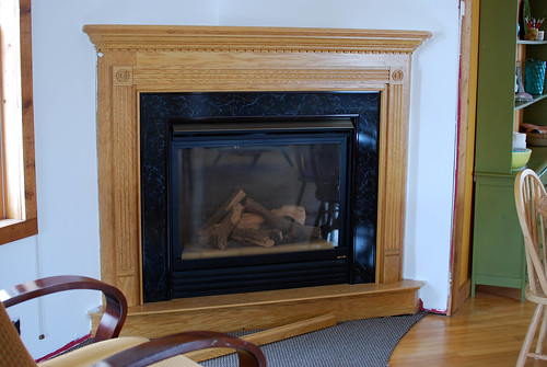 fireplace before1-0179