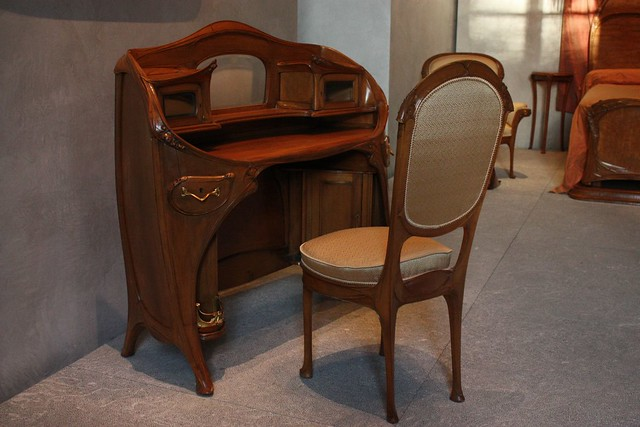 Art Nouveau Bedroom Furniture : Art Nouveau desk and chair in Mrs. Guimards bedroom  Flickr - Photo ...