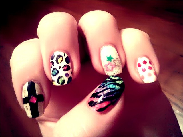 6842978906 fd3eb94565 z Cool nail designs to try out