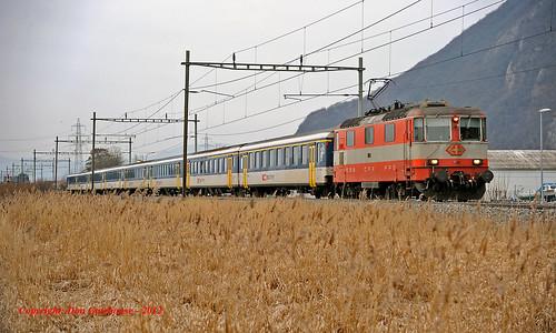 schweiz switzerland suisse sbb lausanne svizzera cff stmaurice re44 eisenbahnen 11109 regioexpress rhônevalley swissexpress rochevd re2737
