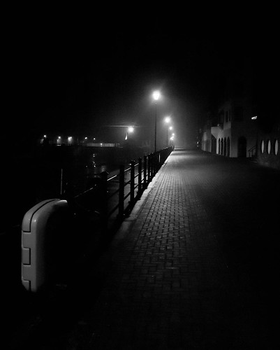 1000/722: 11 Feb 2012: Maryport Harbour at night by nmonckton