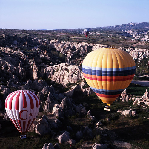 travel blue hot 120 6x6 sunrise mediumformat turkey iso100 fuji air balloon slide 66 professional hotairballoon epson fujifilm fujichrome provia göreme goreme 幻燈片 fujicolor 日出 熱氣球 富士 土耳其 中片幅 自助旅行 rdp3 正片 v750 v750pro rdpⅲ gf670