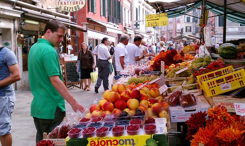 venice open air food market