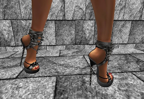 TARA Top Mega Heels Sexy Celebrity Cov Leather Black, 10 lindens by Cherokeeh Asteria