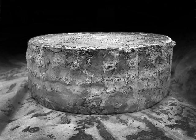 Cambozola Black Label blue cheese wheel (2012)