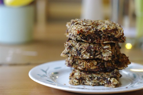 Chocolate Hemp Oat Bars
