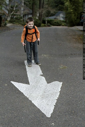 kids, this way   arrow in the road    MG 9016