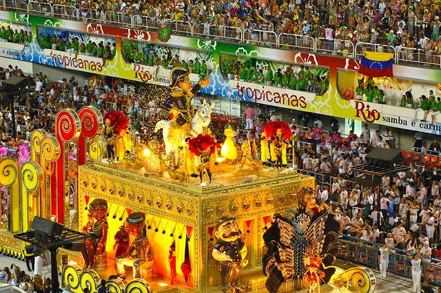 Rio's Carnival: Sao Clemente14
