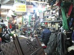 2012-1-korea-350-seoul-flea market