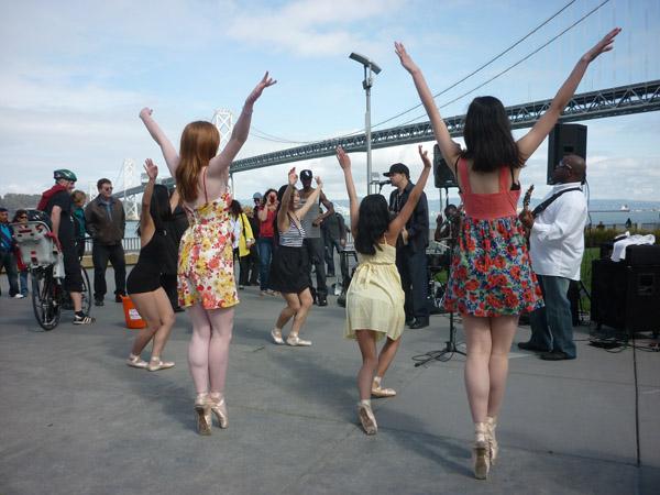 2012_0311_SundayStreets-embarcadero-SF_62