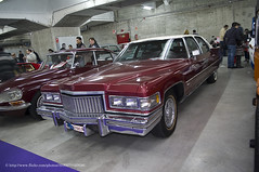 performance car(0.0), automobile(1.0), automotive exterior(1.0), vehicle(1.0), cadillac brougham(1.0), auto show(1.0), full-size car(1.0), antique car(1.0), sedan(1.0), classic car(1.0), vintage car(1.0), land vehicle(1.0), luxury vehicle(1.0), motor vehicle(1.0),