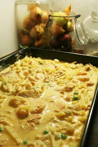 Curry tunafish casserole