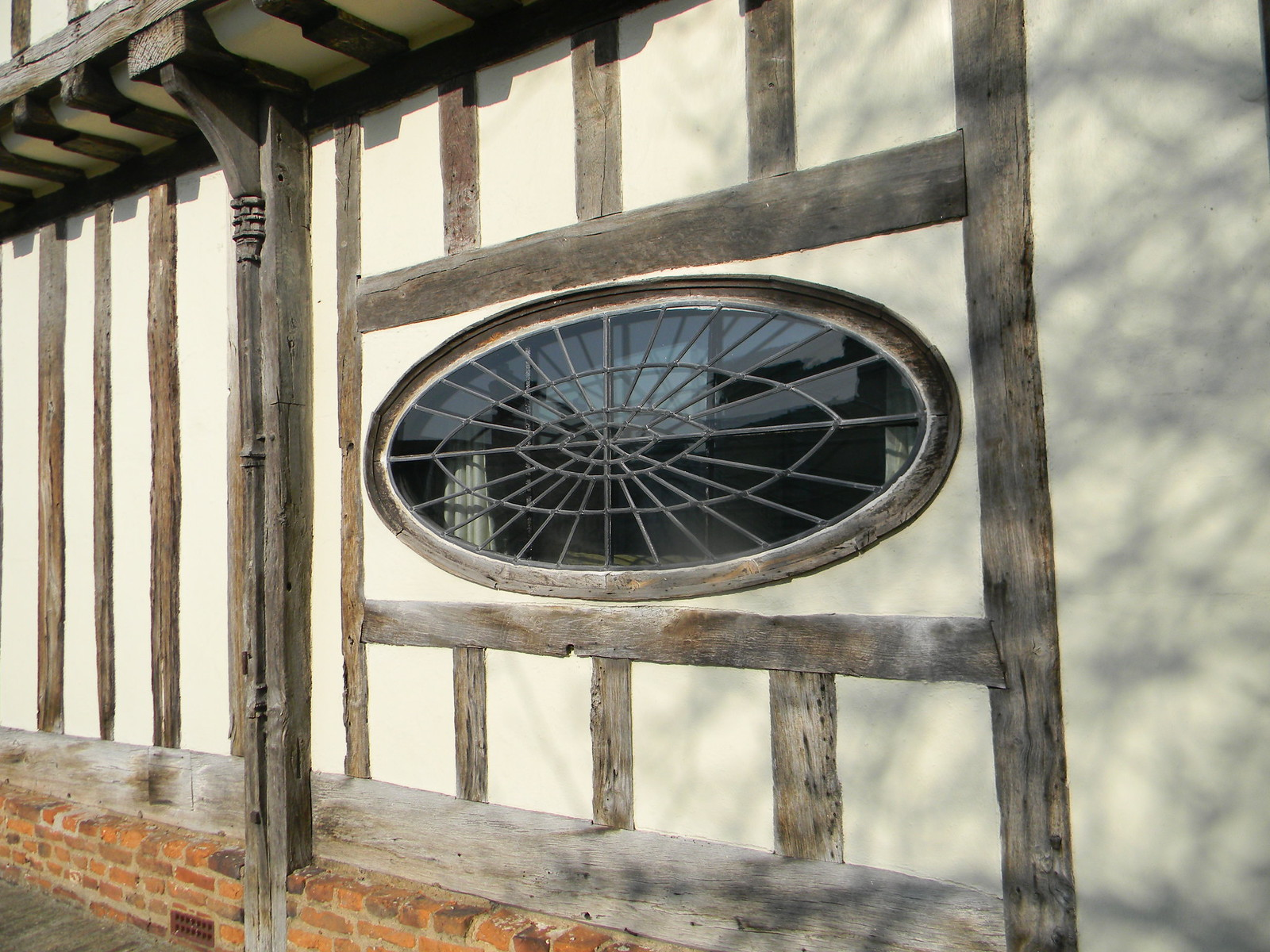 Spider window Great Chesterford to Newport