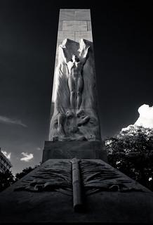 Statuary (B&W)