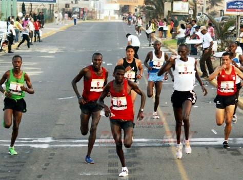 Julius Keter gana el 10K del Golfo en Veracurz