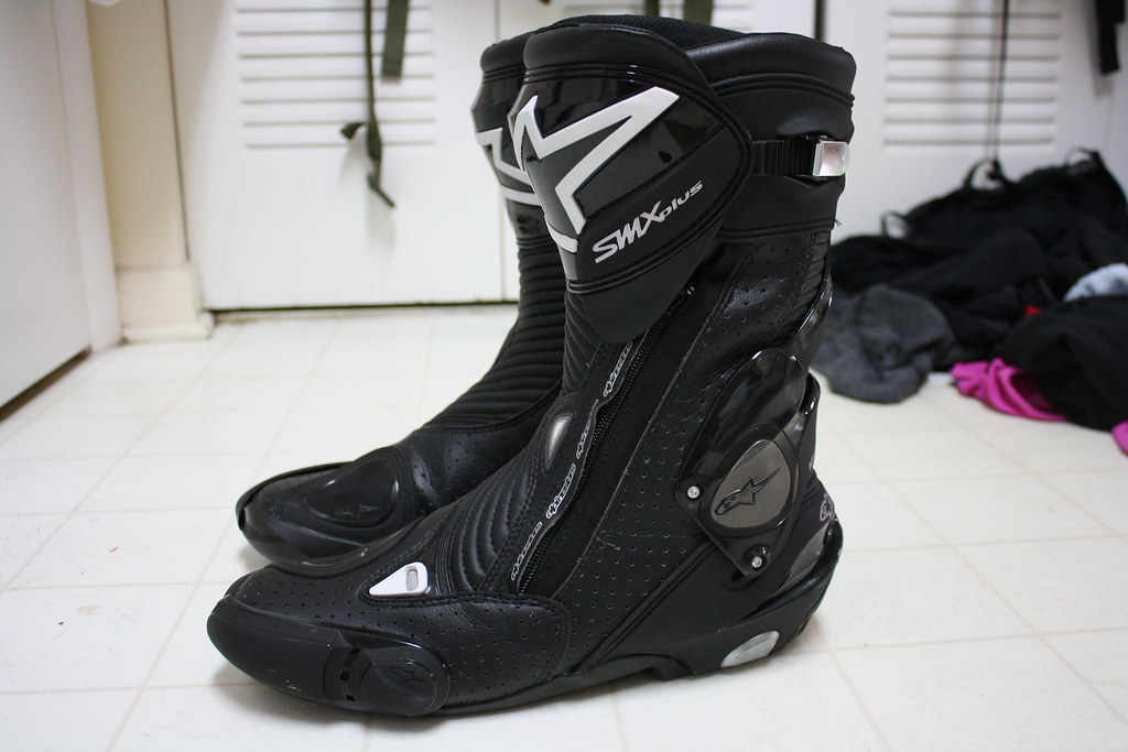alpinestars smx plus vented boots size 9 5 44 wrist twisters. Black Bedroom Furniture Sets. Home Design Ideas