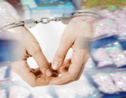 jadi bandar narkoba, Wartawan & Dosen Ditangkap