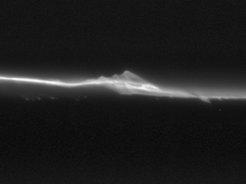 Cassini, descubriendo los secretos de saturno
