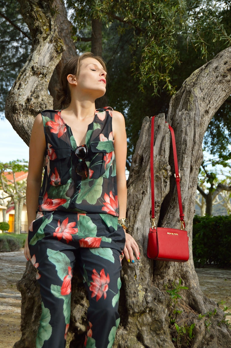 lara-vazquez-madlula-blog-color-jumpsuit