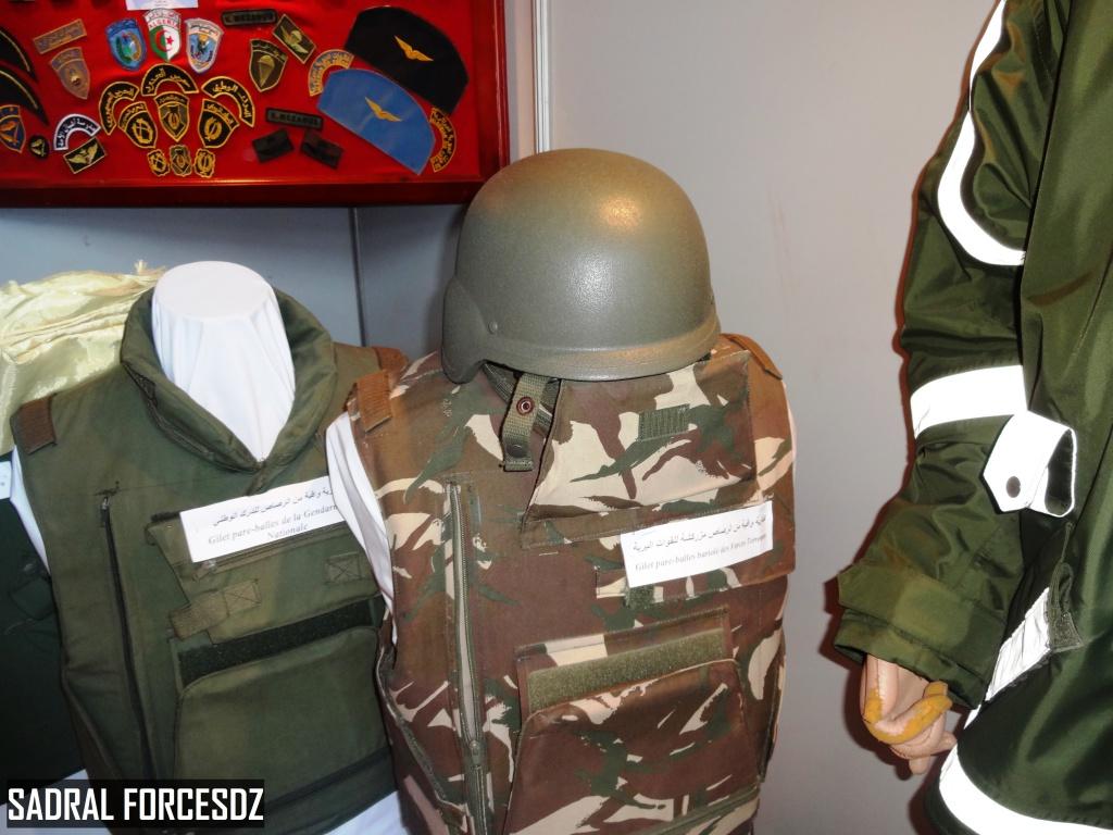 البذلات الجيش الوطني الشعبي الجزائري [ ANP / GN / DGSN / Douanes ]  - صفحة 4 27645781320_2f9db27b4a_o