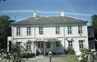 Louiselyst gård i Leangenvegen (1979)