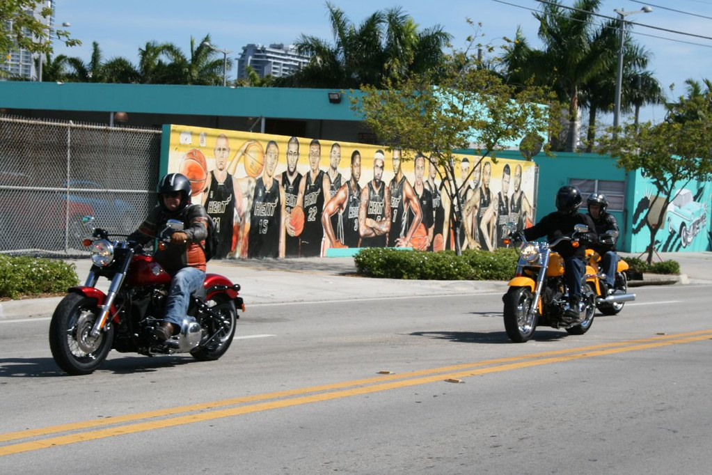 miami heat mural fathead nba chicago bulls michael jordan hang time wall