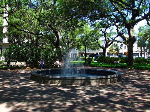 Johnson Square, Savannah (by: Ken Lund, creative commons license)