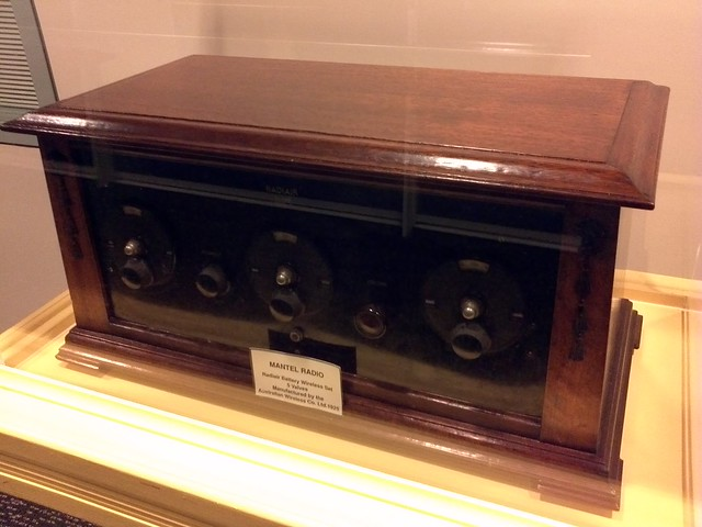 5 Valve Mantel Radio from 1925 - manufactured by Australian Wireless Co - ABC Ultimo corridor