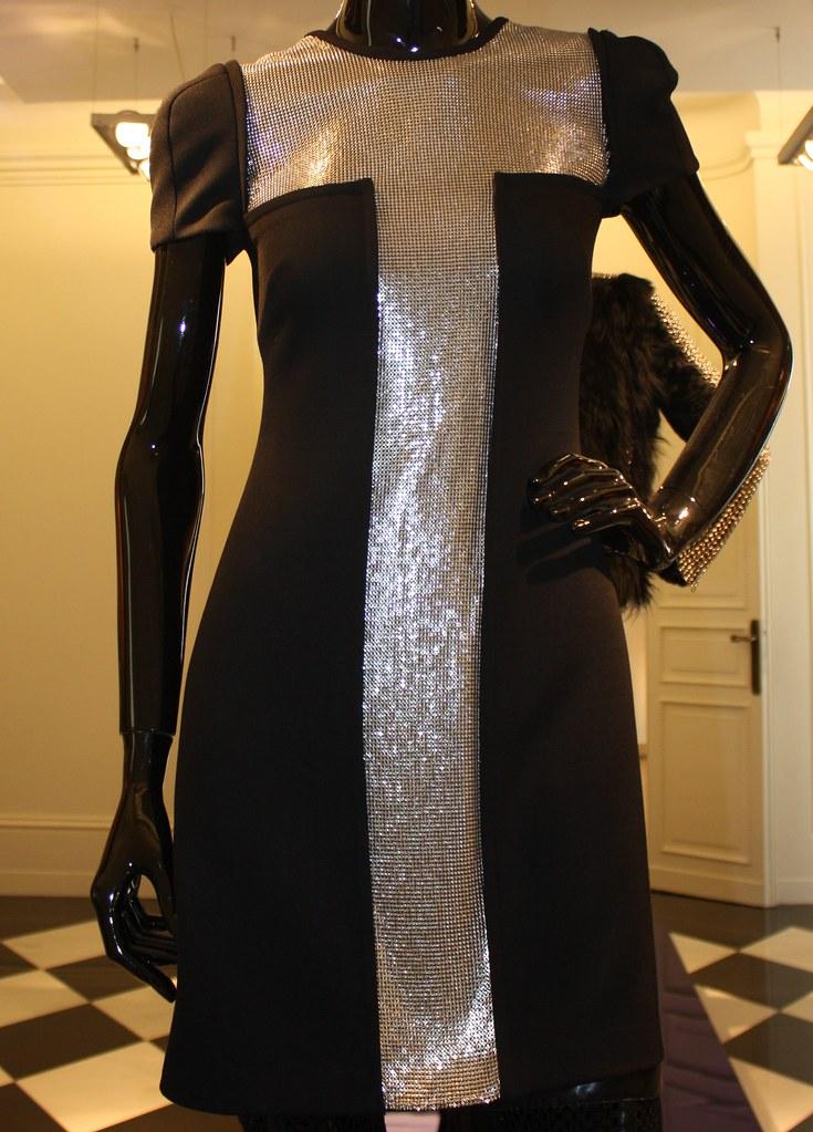 versace-donna-inverno-2013-08