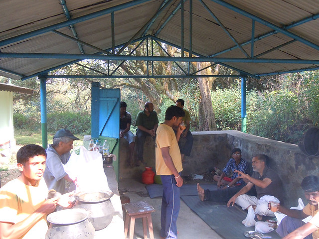 Brahmagiri_Trek_Forest_Rest_House_Cooking_Area