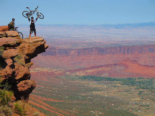 west rim mythical parksday mythicalparks altaexpeditionporcupine trailmoabmountain bikingutahsouth usamtb