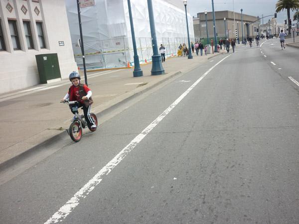 2012_0311_SundayStreets-embarcadero-SF_40