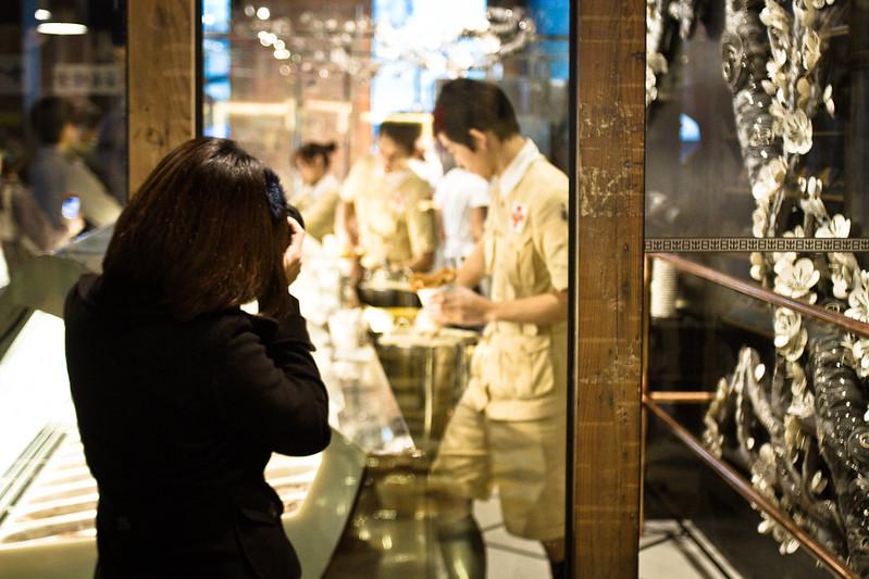 為顧及店內服務品質,現今宮原眼科已禁止攝影