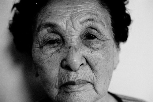 無料写真素材, 人物, 中年・高齢者, おばあちゃん・おばあさん, モノクロ, ボディーパーツ  顔